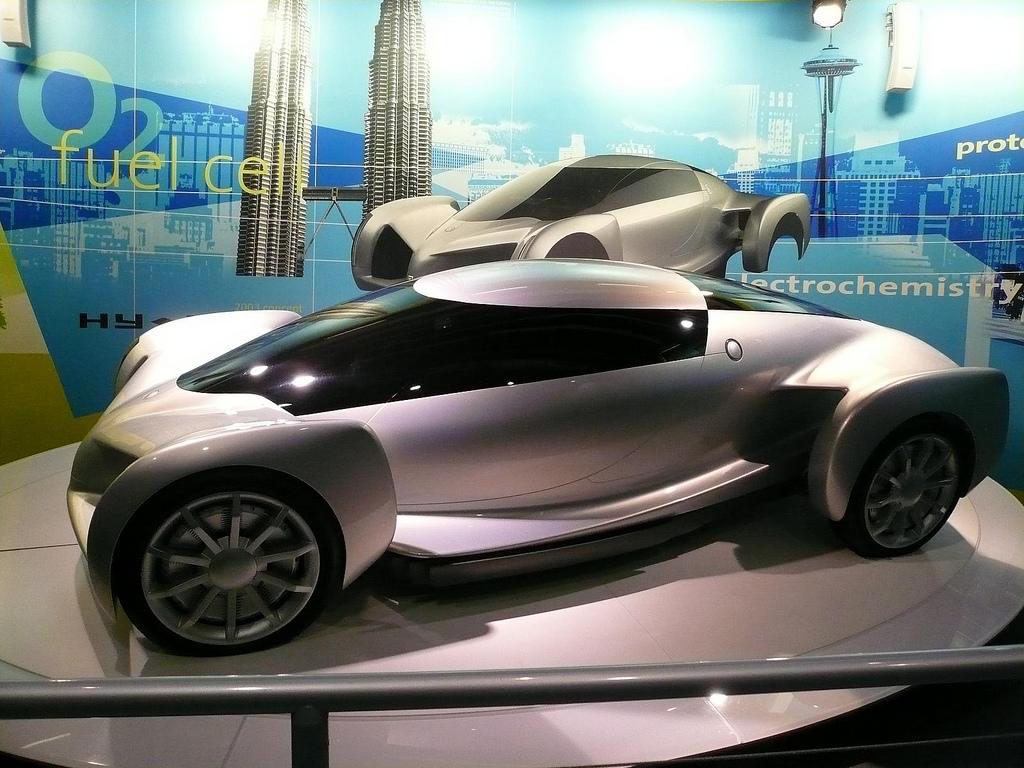 Come l'IA sta aiutando i veicoli a pensare3